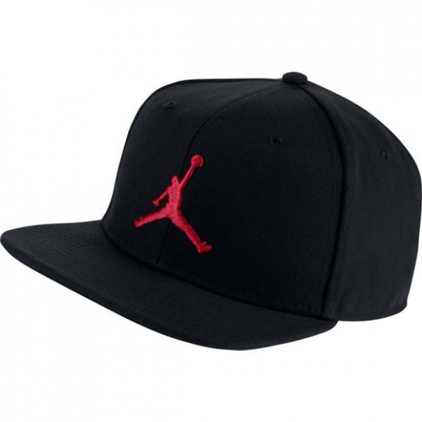 Кепка черная Jordan Pro Jumpman AR2118-010