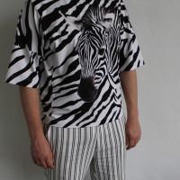 Унисекс футболка свободного кроя с большим принтом Зебра