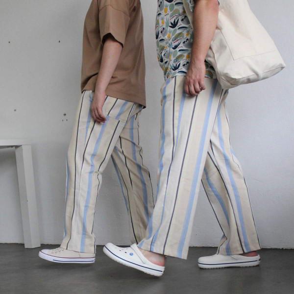 Летние льняные свободные брюки  в полоску